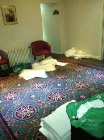 George Hotel: hallway again