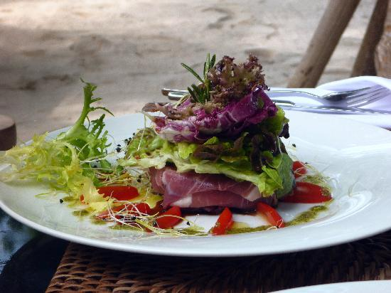 "Kuramathi Island Resort: Mozzarelle mit Rohschinken ""Palm"""