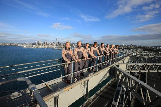 AJ Hackett Bungy New Zealand: Auckland Bridge Climb