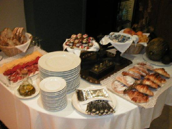 Hotel Calasanz: Desayuno