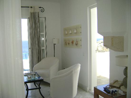 Mykonos Grand Hotel & Resort: balconies