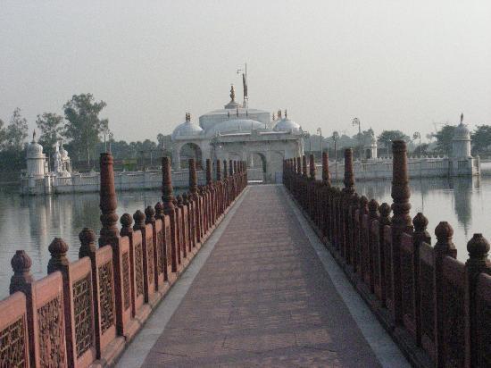 Nalanda: jal mandir 7