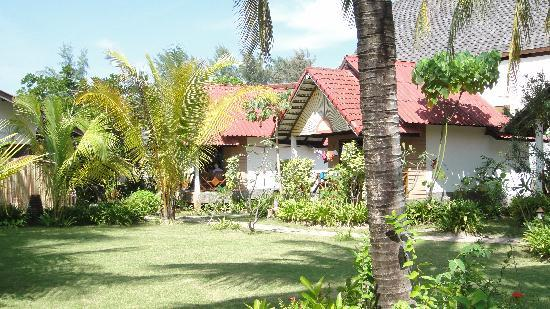 Noble House Beach Resort : Cottages at Noble House