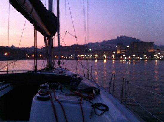 Campania, Italia: il ritorno a Napoli