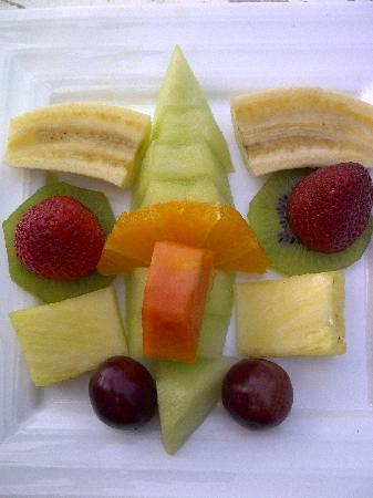 Casa Vale del Rei : Fresh fruits - breakfast