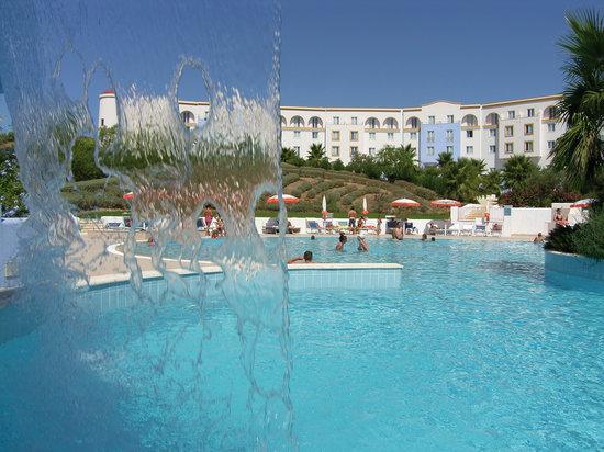 Costanza Beach Club: struttura e piscina