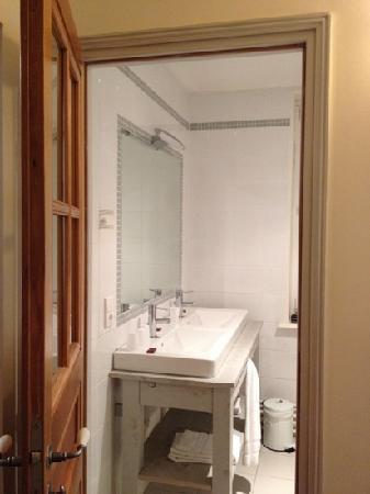 Hotel Gerard d'Alsace : bathroom