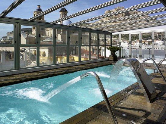 Hospes Amerigo: Swimming pool