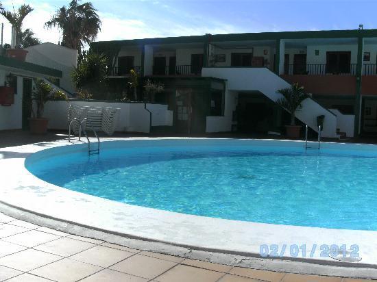 La Florida Apartments: pool