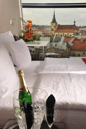 Design Metropol Hotel Prague: Castle view