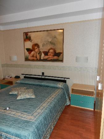 Leonardo da Vinci Hotel Erba: letto