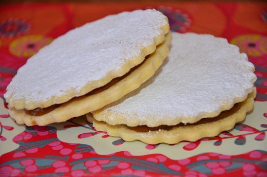 Punto Dulce Patisserie: Alfajores de Maicena // Cornstarch cookies