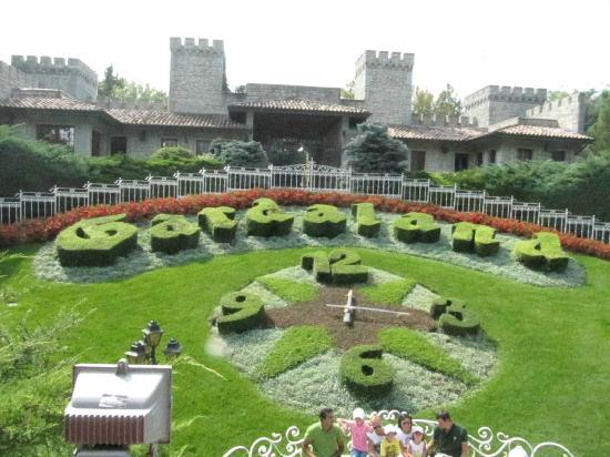 Gardaland Resort: gardaland vi lascia al verde