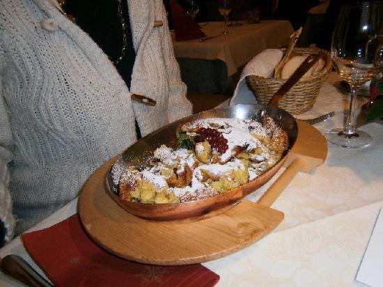 "Hotel Schlosswirt: ""kaiser smarren"" piatto tipico tirolese"
