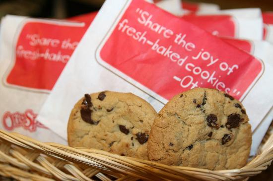 Hampton Inn Leesburg - Tavares: Enjoy our fresh baked cookies every evening!