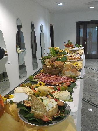 Arte Hotel : buffet 6