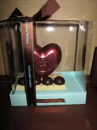Shangri-La Hotel, Bangkok: the chocolate heart they sent