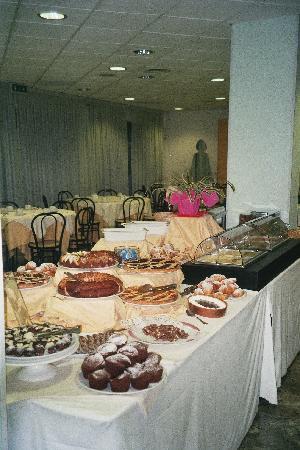 Arte Hotel : breakfast 2
