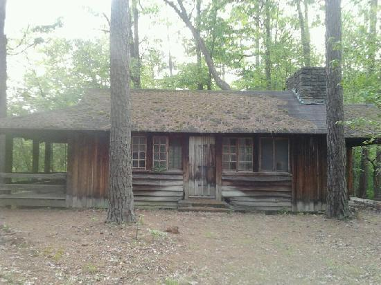 Umstead State Park: Abandoned Cabin