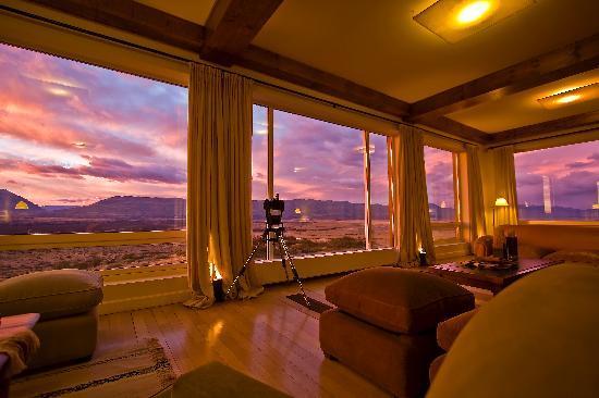 EOLO - Patagonia's Spirit: Main living room