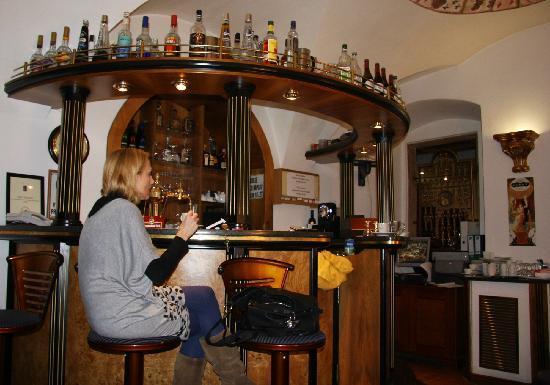 Hotel Royal Ricc: Bar