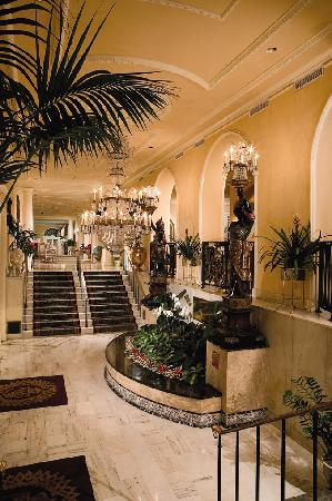 Omni Royal Orleans: Lobby Entrance