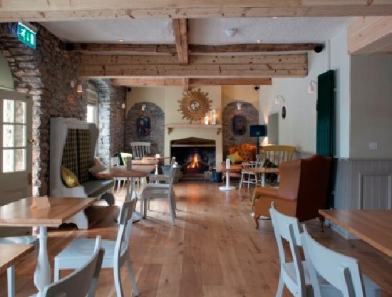 The Mendip Inn : Lounge area