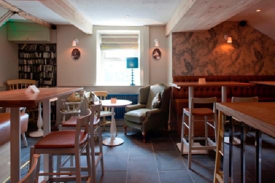The Mendip Inn : Bar area