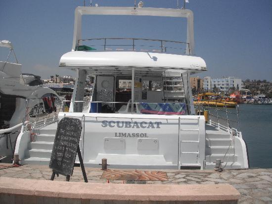 Scuba Base: the boat
