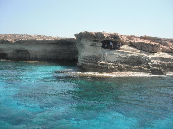 Scuba Base: the witches caves