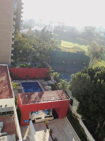Tijuana Marriott Hotel: pool from balcony