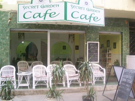 Secret Garden Cafe : Cafe front