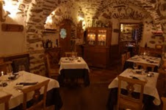 Terzolas, Italy: saletta ristorante