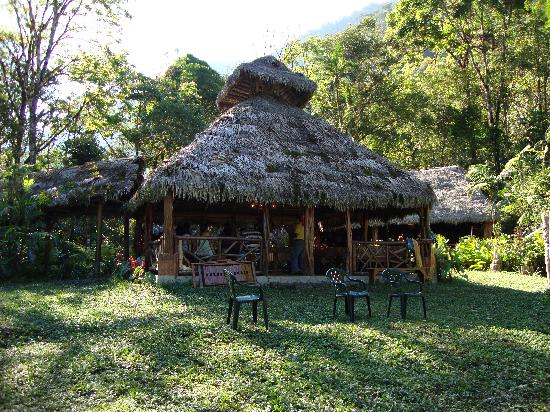 Pampa Hermosa: Bar Area