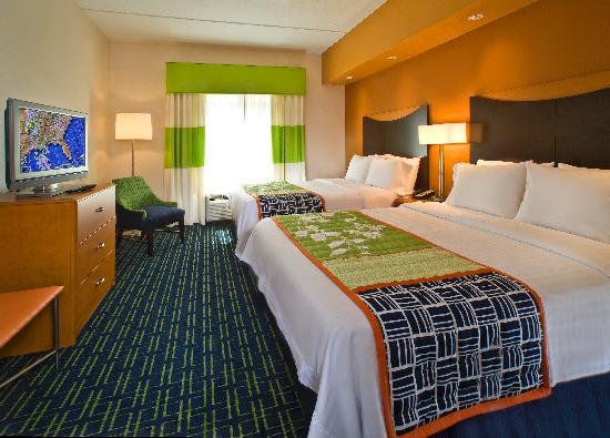 Fairfield Inn & Suites Carlsbad : QQ Room