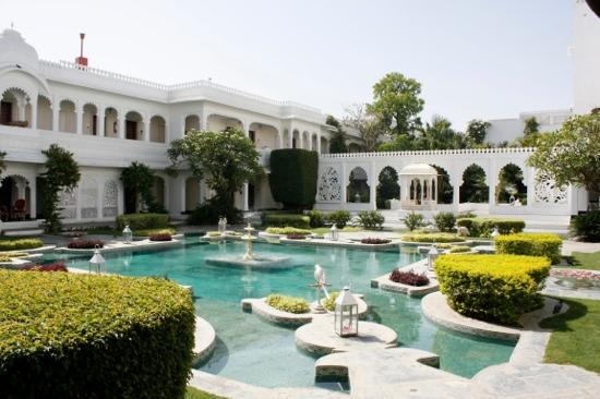 Taj Lake Palace Udaipur: 中庭