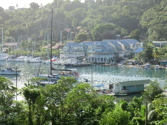 Marigot Beach Club and Dive Resort: Veiw from Room 7 of the Bay
