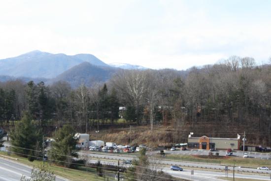 Super 6 - Waynesville: View