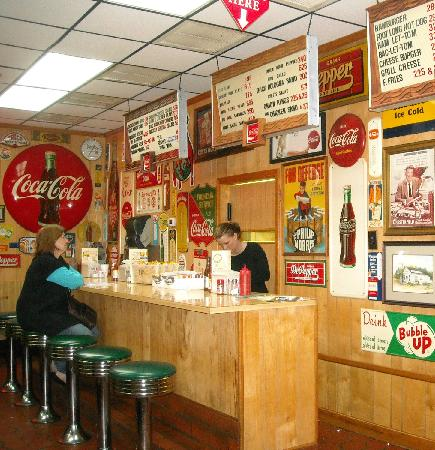 Gary's Barbecue: Country to the Core and Lip Smackin' Good!
