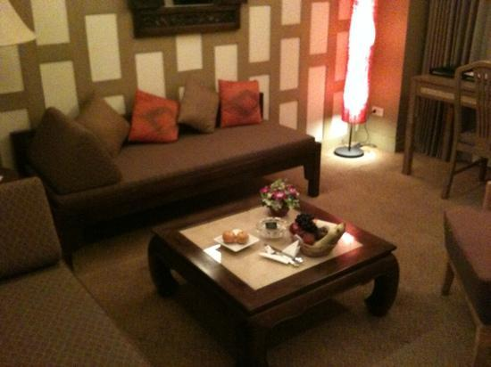 The Tarntawan Hotel Surawong Bangkok : lounge room