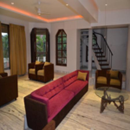 Hillscape Khandala: Lobby