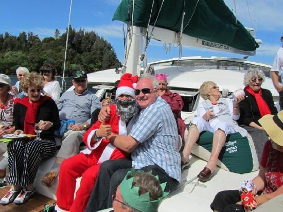 Pure Cruise - Day Cruises: Popular 'Santa'