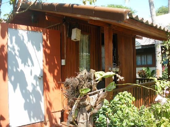 Fevrier Resort: Wooden fan bungalow.