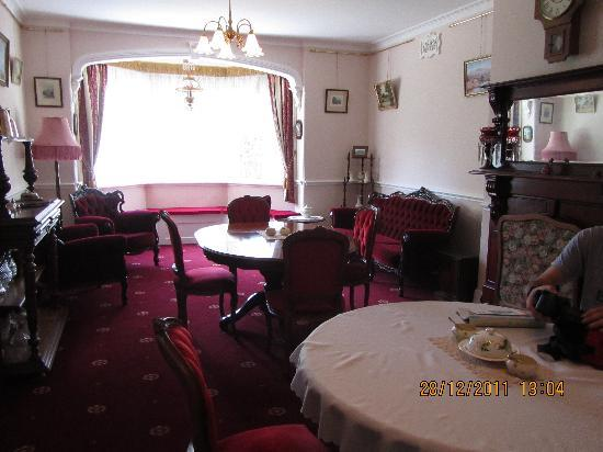 Briardale Bed & Breakfast: Dining room