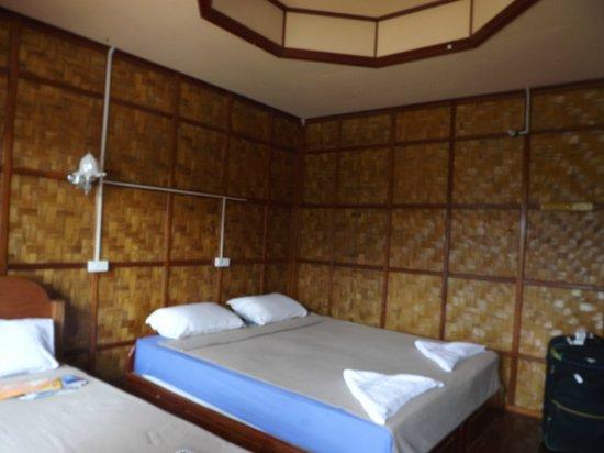 Bansuan Riverview Bungalows: notre chambre