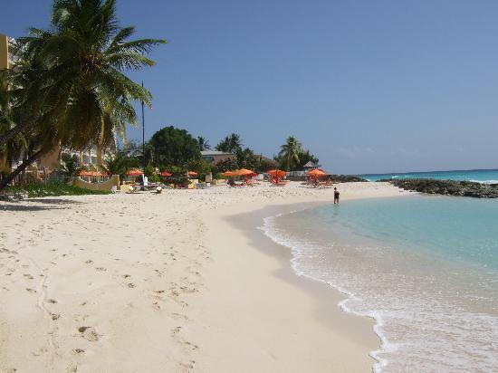 Ocean Two Resort & Residences: Lovely Beach
