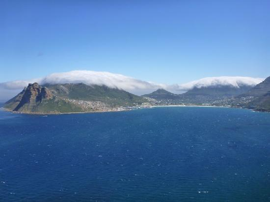 Seacliffe Lodge: Hout Bay from the other side