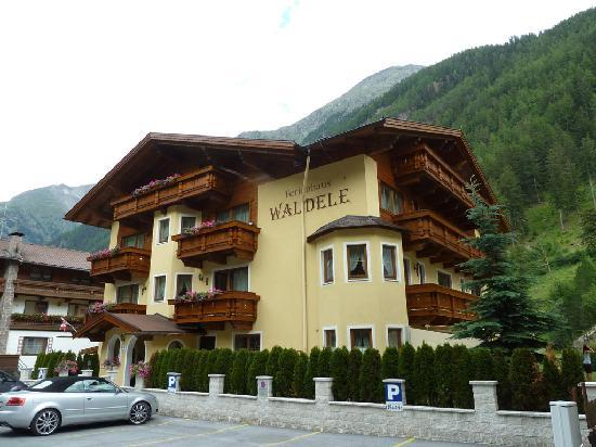 Waldele Pension: Outside of Ferienhaus Waldele.