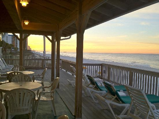 Backyard Porch Panama City Beach : View from patio  Foto di Palmetto Inn & Suites, Panama City Beach