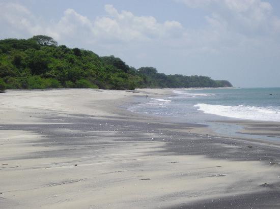 Guicci Resort: Corona Beach